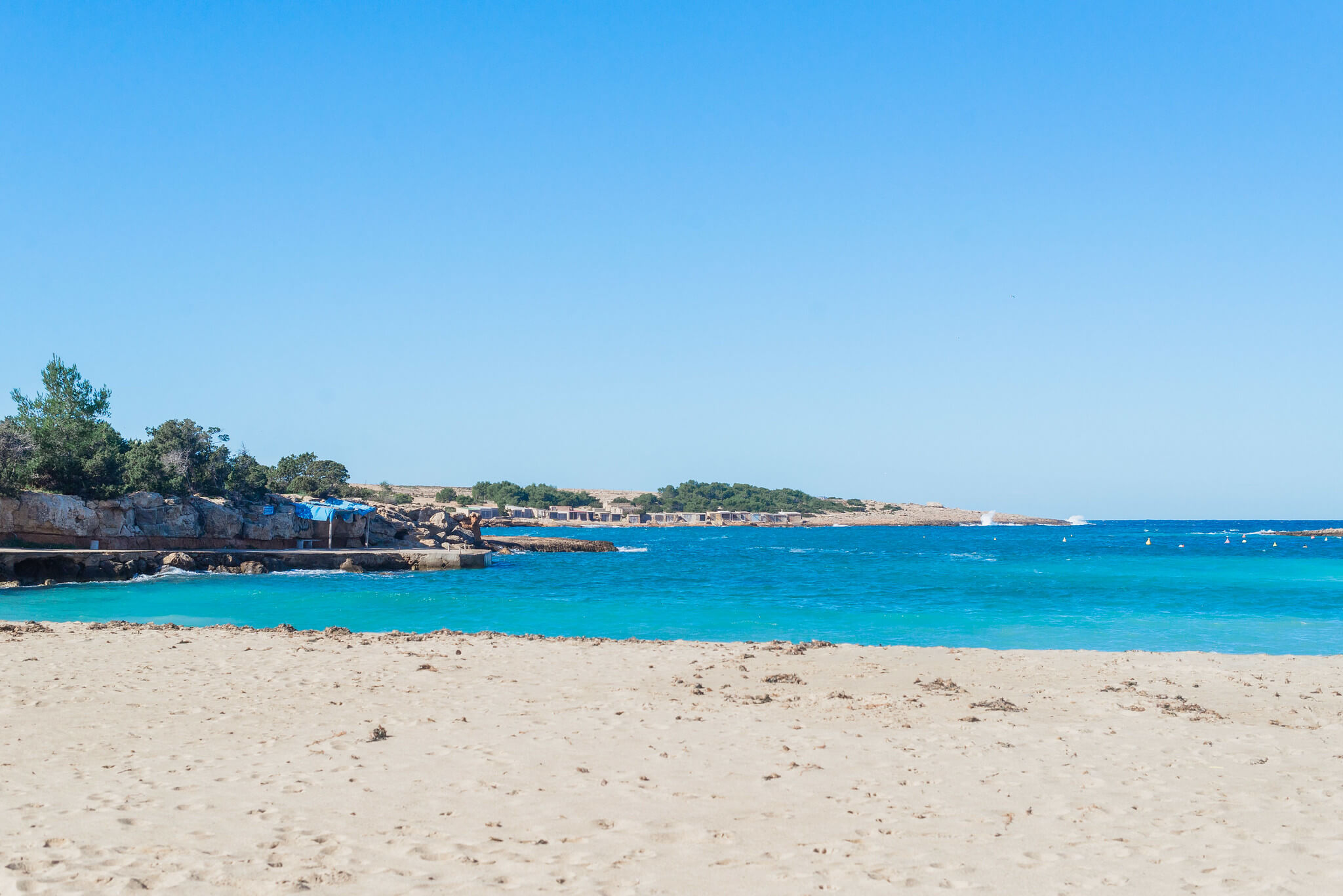 https://www.white-ibiza.com/wp-content/uploads/2020/03/ibiza-beaches-port-des-torrent-06.jpg