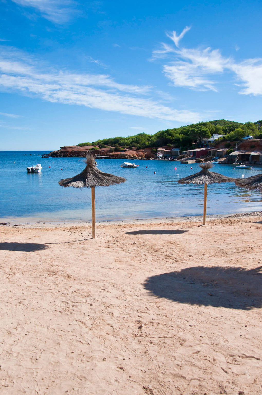 https://www.white-ibiza.com/wp-content/uploads/2020/03/ibiza-beaches-pou-des-lleo-03-1020x1536.jpg