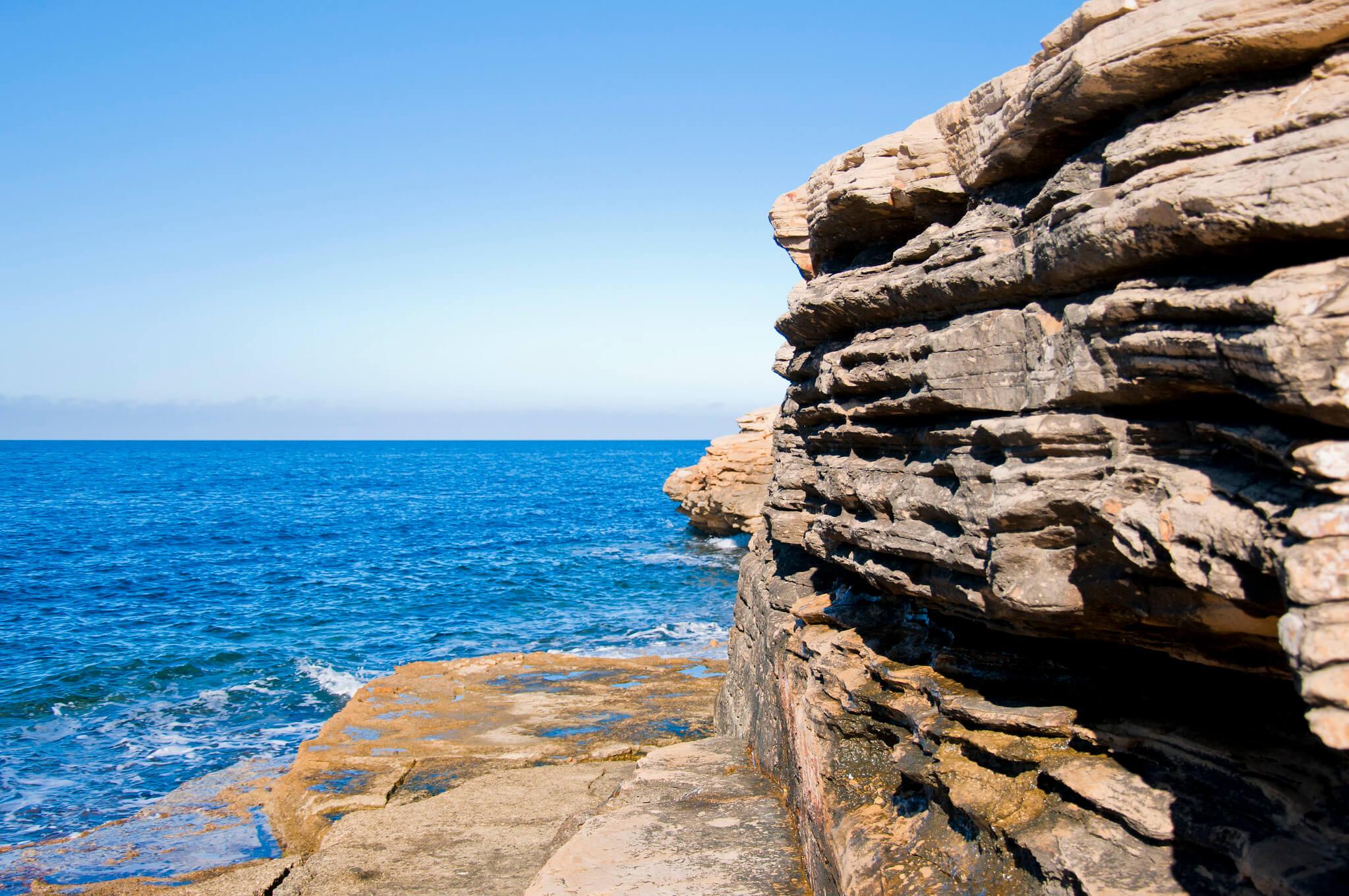 https://www.white-ibiza.com/wp-content/uploads/2020/03/ibiza-beaches-punta-galera-03.jpg