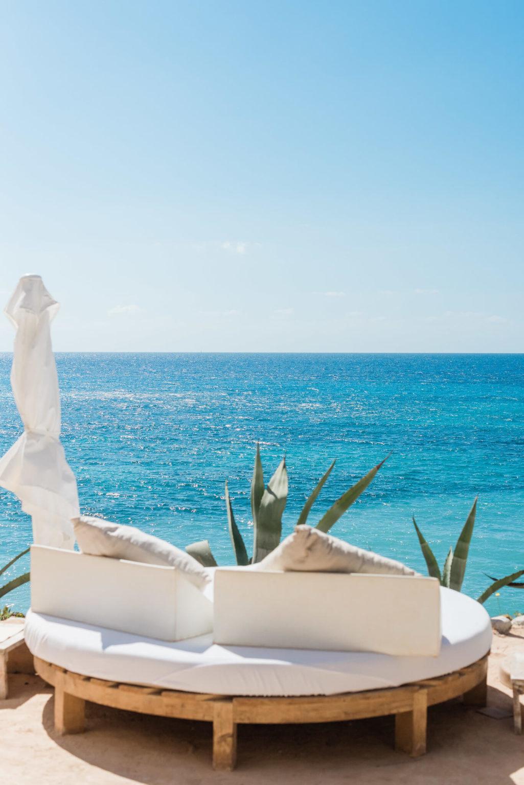 https://www.white-ibiza.com/wp-content/uploads/2020/03/ibiza-beaches-sol-den-serra-08-1025x1536.jpg