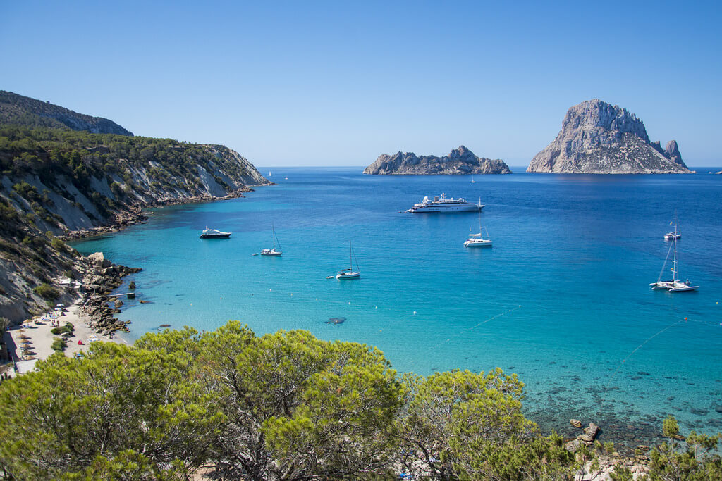 https://www.white-ibiza.com/wp-content/uploads/2020/03/ibiza-guide-areas-south-west-2020-03.jpg