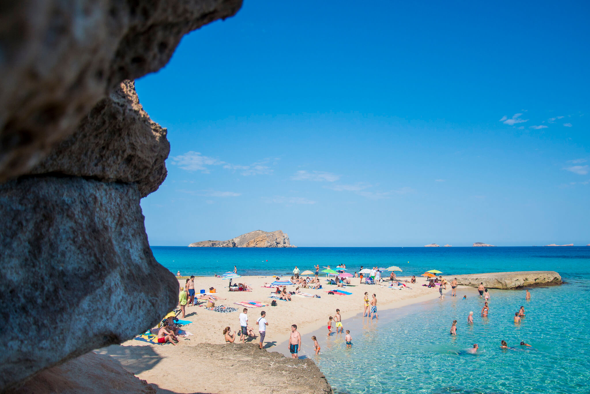 https://www.white-ibiza.com/wp-content/uploads/2020/03/ibiza-guide-areas-south-west-2020-12.jpg