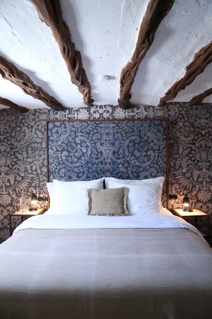 https://www.white-ibiza.com/wp-content/uploads/2020/03/ibiza-hotels-legado-ibiza-finca-2019-16.jpg