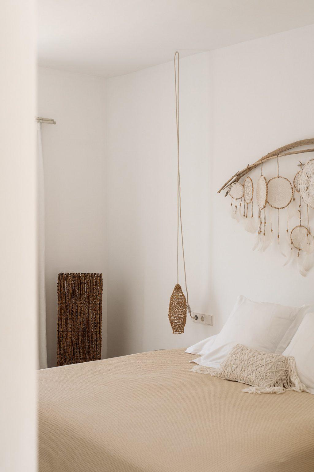 https://www.white-ibiza.com/wp-content/uploads/2020/03/ibiza-hotels-pure-house-ibiza-ana-lui-2021-12-1024x1536.jpg