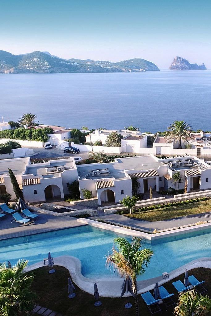 https://www.white-ibiza.com/wp-content/uploads/2020/03/ibiza-hotels-seven-pines-resort-ibiza-2018-08.jpg