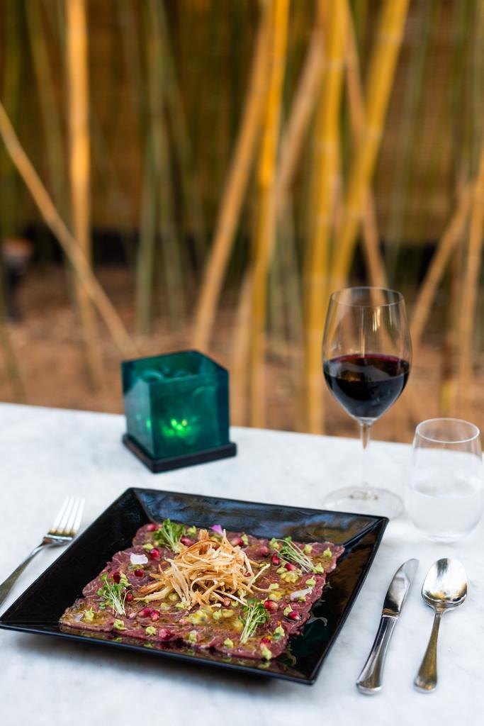 https://www.white-ibiza.com/wp-content/uploads/2020/03/ibiza-restaurants-bambuddha-2018-02.jpg