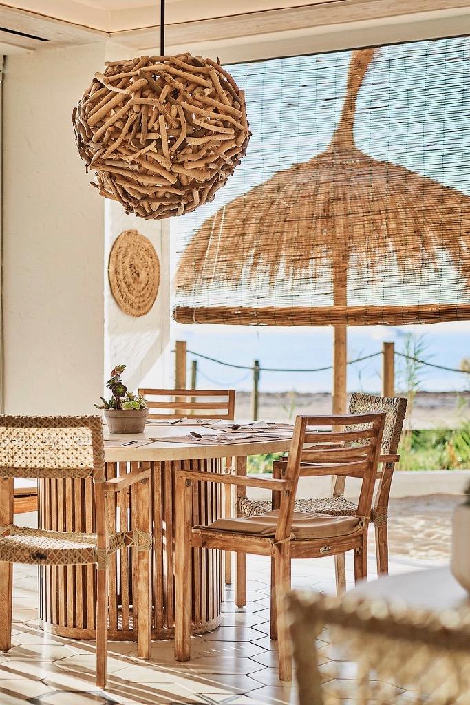 https://www.white-ibiza.com/wp-content/uploads/2020/03/ibiza-restaurants-chambao-2019-07.jpg