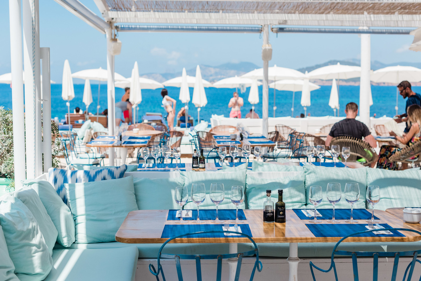 https://www.white-ibiza.com/wp-content/uploads/2020/03/ibiza-restaurants-experimental-beach-ibiza-2019-01.jpg