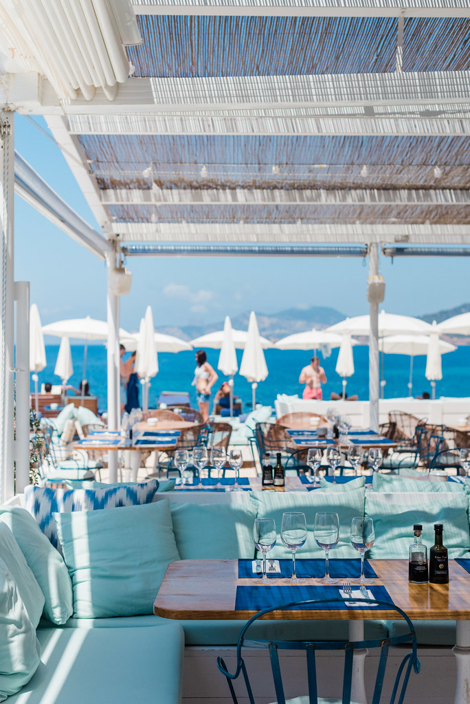 https://www.white-ibiza.com/wp-content/uploads/2020/03/ibiza-restaurants-experimental-beach-ibiza-2019-02.jpg