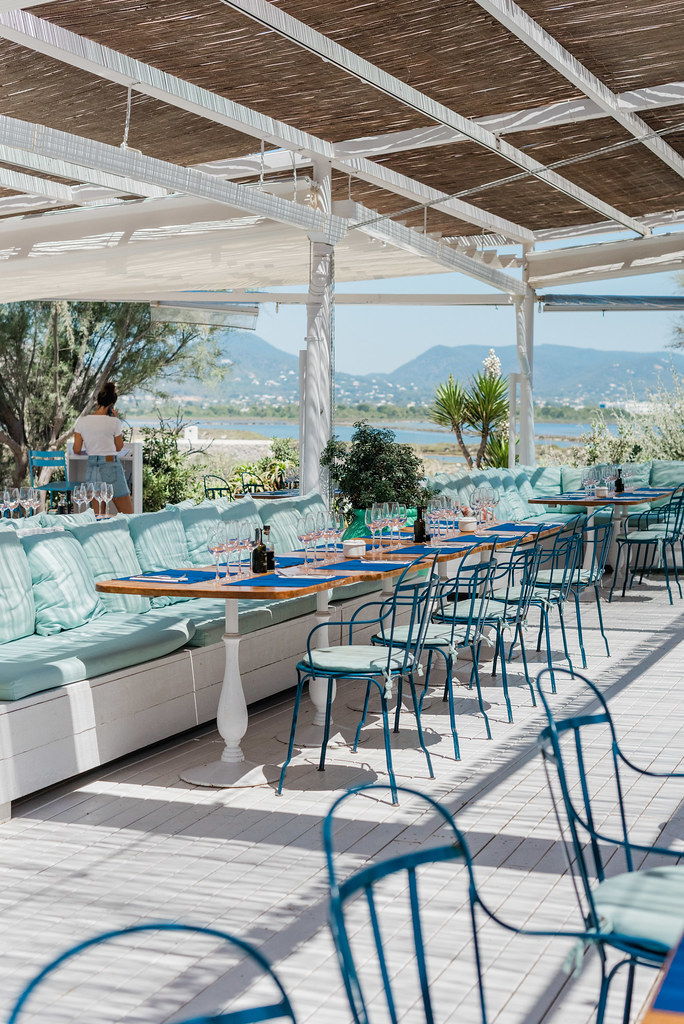 https://www.white-ibiza.com/wp-content/uploads/2020/03/ibiza-restaurants-experimental-beach-ibiza-2019-04.jpg