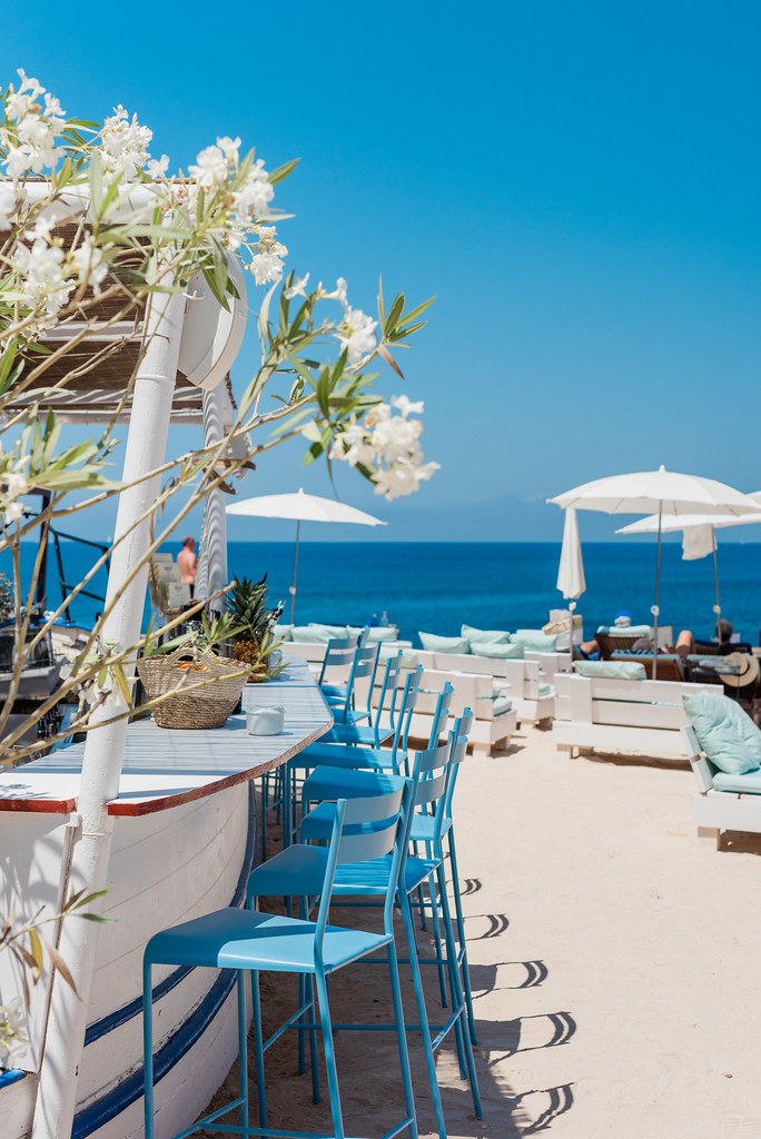 https://www.white-ibiza.com/wp-content/uploads/2020/03/ibiza-restaurants-experimental-beach-ibiza-2019-05.jpg