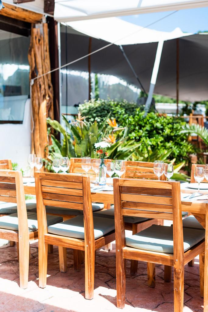 https://www.white-ibiza.com/wp-content/uploads/2020/03/ibiza-restaurants-la-escollera-2018-09.jpg