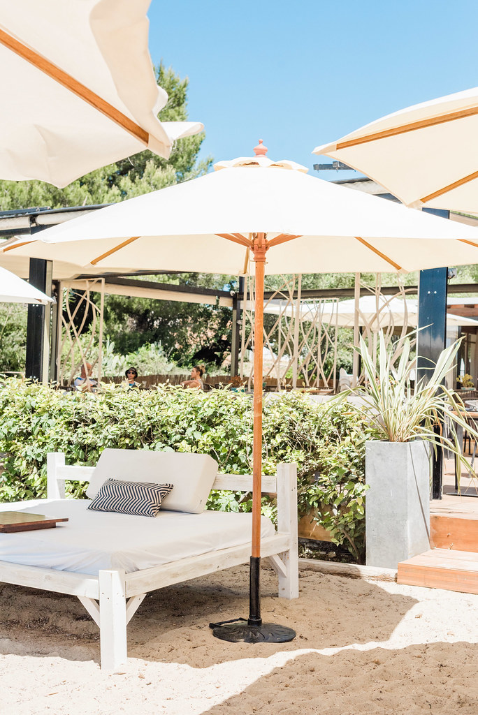 https://www.white-ibiza.com/wp-content/uploads/2020/03/ibiza-restaurants-pura-vida-beach-club-2019-20.jpg