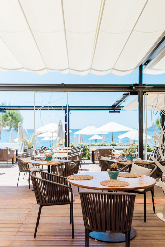 https://www.white-ibiza.com/wp-content/uploads/2020/03/ibiza-restaurants-pura-vida-beach-club-2019-25.jpg