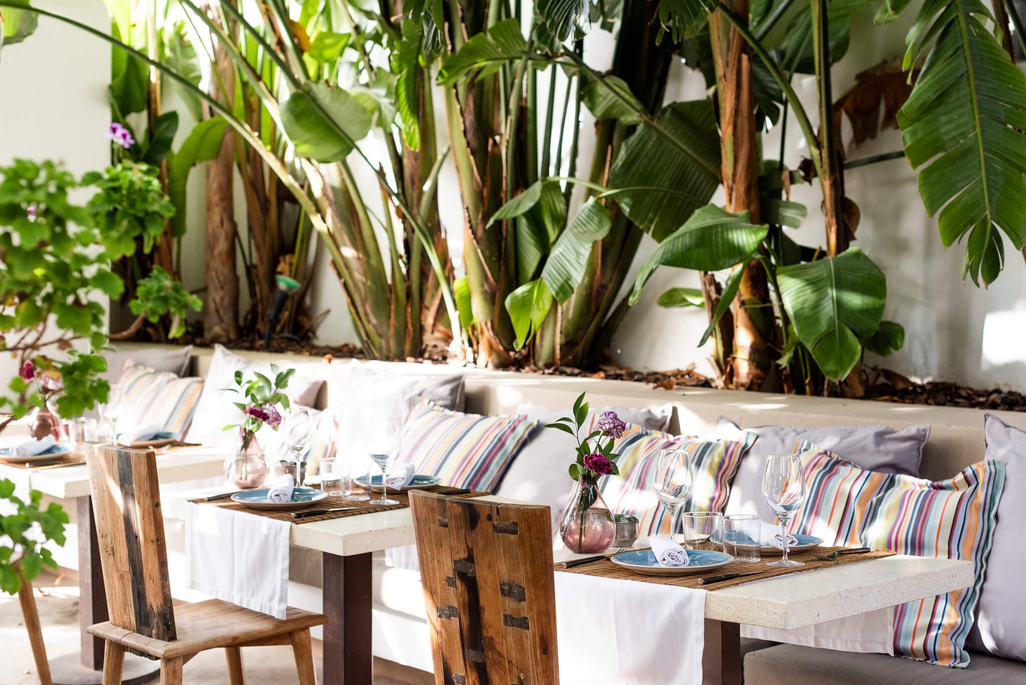 https://www.white-ibiza.com/wp-content/uploads/2020/03/ibiza-restaurants-the-giri-cafe-2020-12.jpg