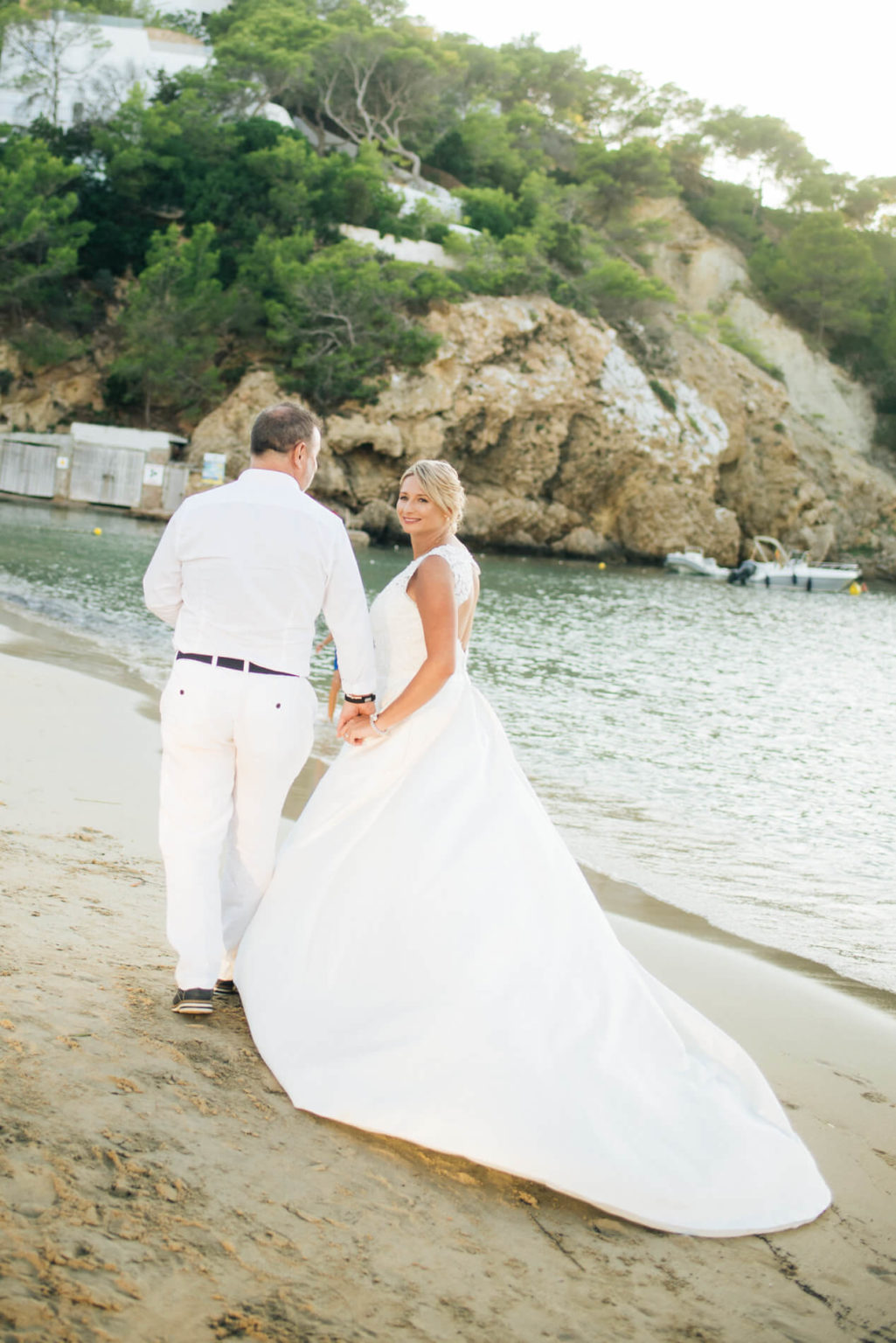 https://www.white-ibiza.com/wp-content/uploads/2020/03/ibiza-wedding-venue-maya-beach-club-2020-06-1025x1536.jpg