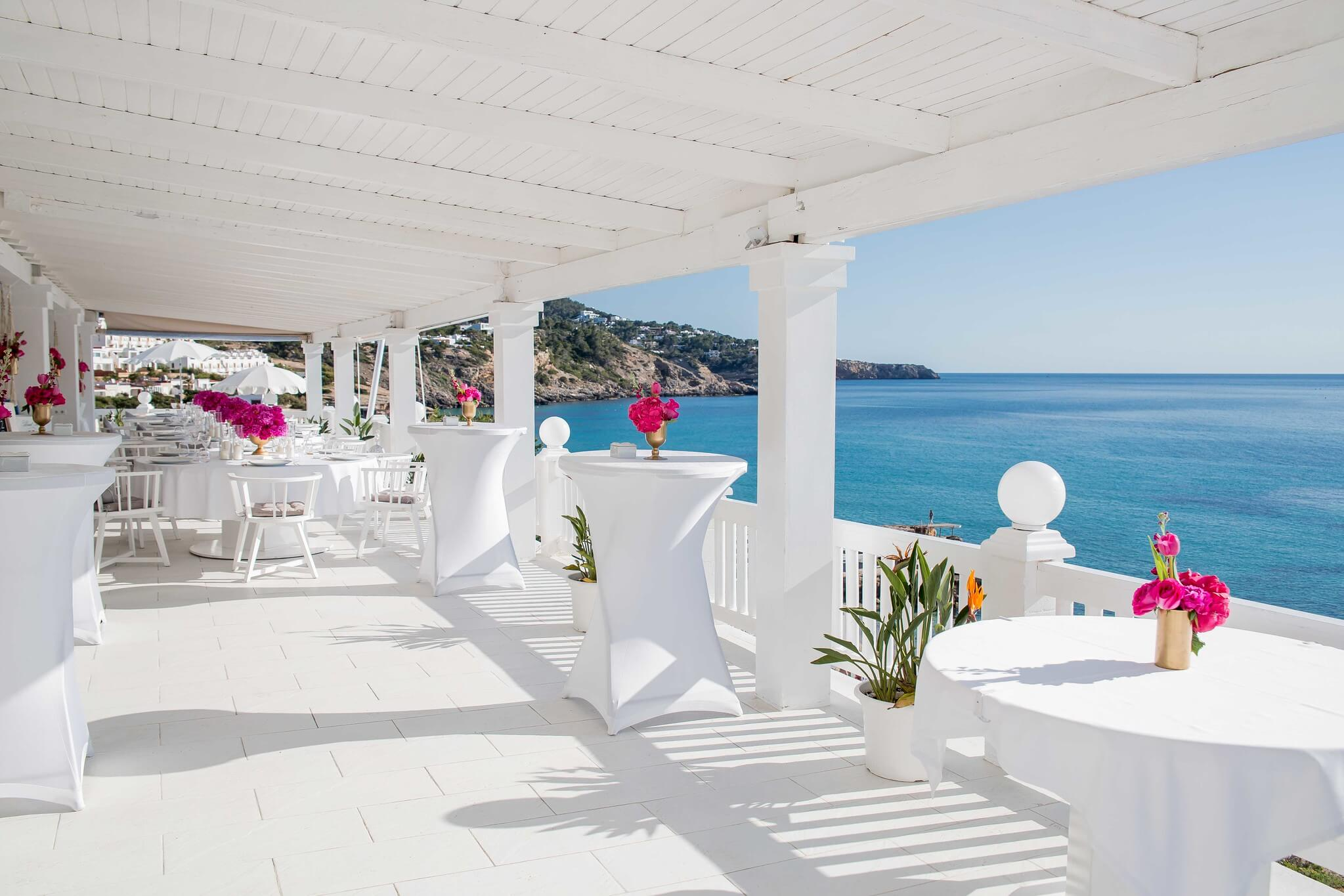 https://www.white-ibiza.com/wp-content/uploads/2020/03/ibiza-wedding-venues-cotton-beach-2020-09.jpg