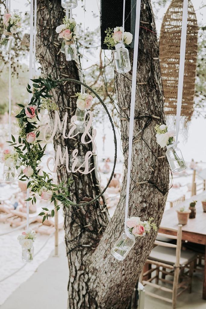 https://www.white-ibiza.com/wp-content/uploads/2020/03/ibiza-weddings-cala-gracioneta-chiringuito-2018-11.jpg