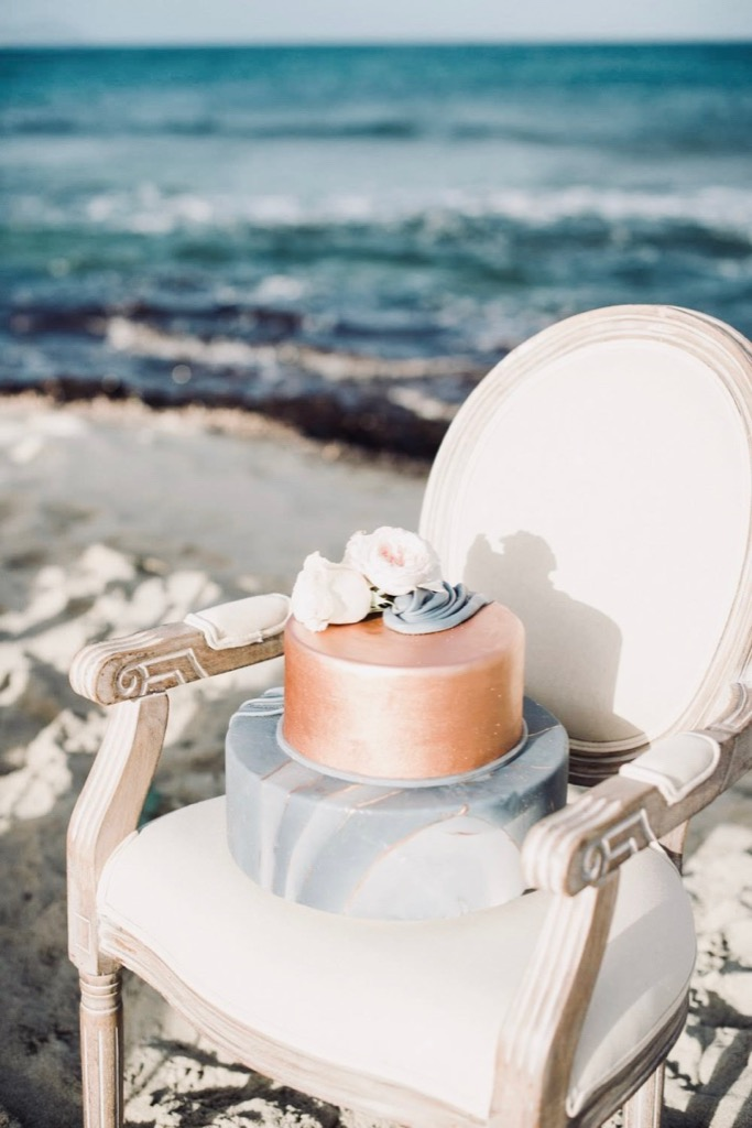 https://www.white-ibiza.com/wp-content/uploads/2020/03/ibiza-weddings-mitch-the-cake-lady-2019-08.jpg
