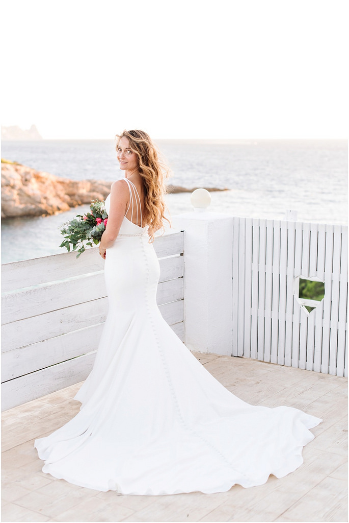 https://www.white-ibiza.com/wp-content/uploads/2020/03/wedding-studio-by-ana-lui-2017-02.jpg