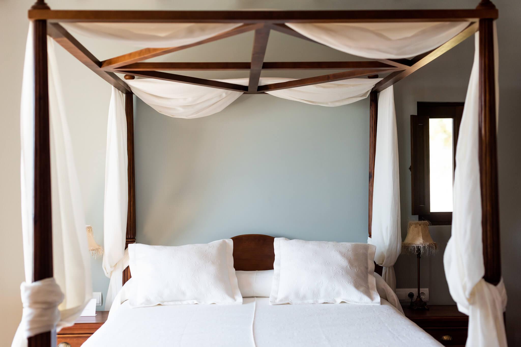 https://www.white-ibiza.com/wp-content/uploads/2020/03/white-ibiza-boutique-hotels-casa-maca-2020-04.jpg