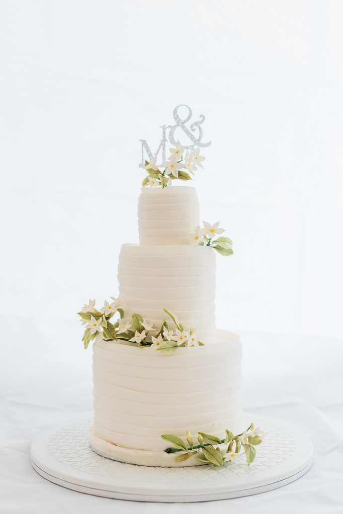 https://www.white-ibiza.com/wp-content/uploads/2020/03/white-ibiza-catering-ibiza-cakes-2020-05.jpg