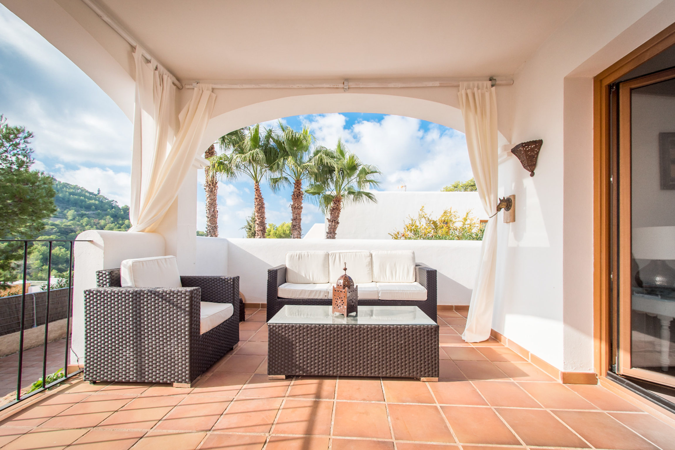 https://www.white-ibiza.com/wp-content/uploads/2020/03/white-ibiza-property-WI137-2020-11-2304x1536.jpg