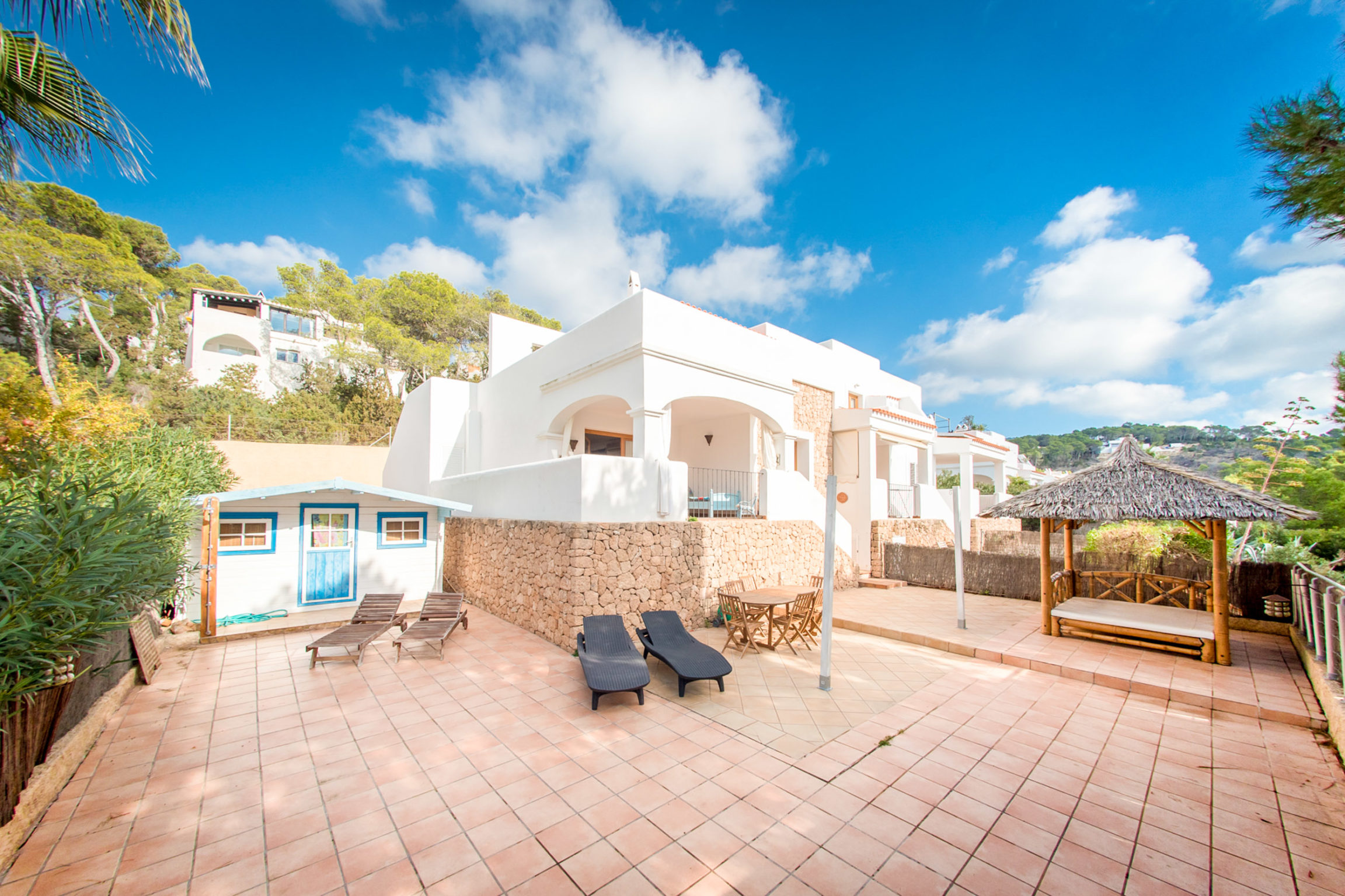https://www.white-ibiza.com/wp-content/uploads/2020/03/white-ibiza-property-WI137-2020-13-2304x1536.jpg