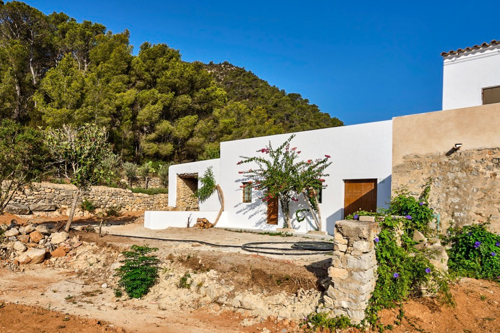https://www.white-ibiza.com/wp-content/uploads/2020/03/white-ibiza-property-WI162-2020-03.jpg