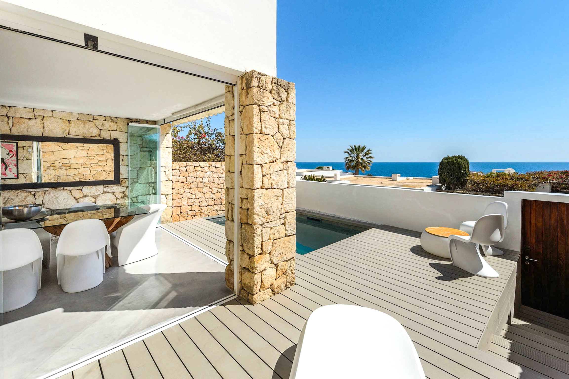 https://www.white-ibiza.com/wp-content/uploads/2020/03/white-ibiza-property-WI181-2020-03-2304x1536.jpg