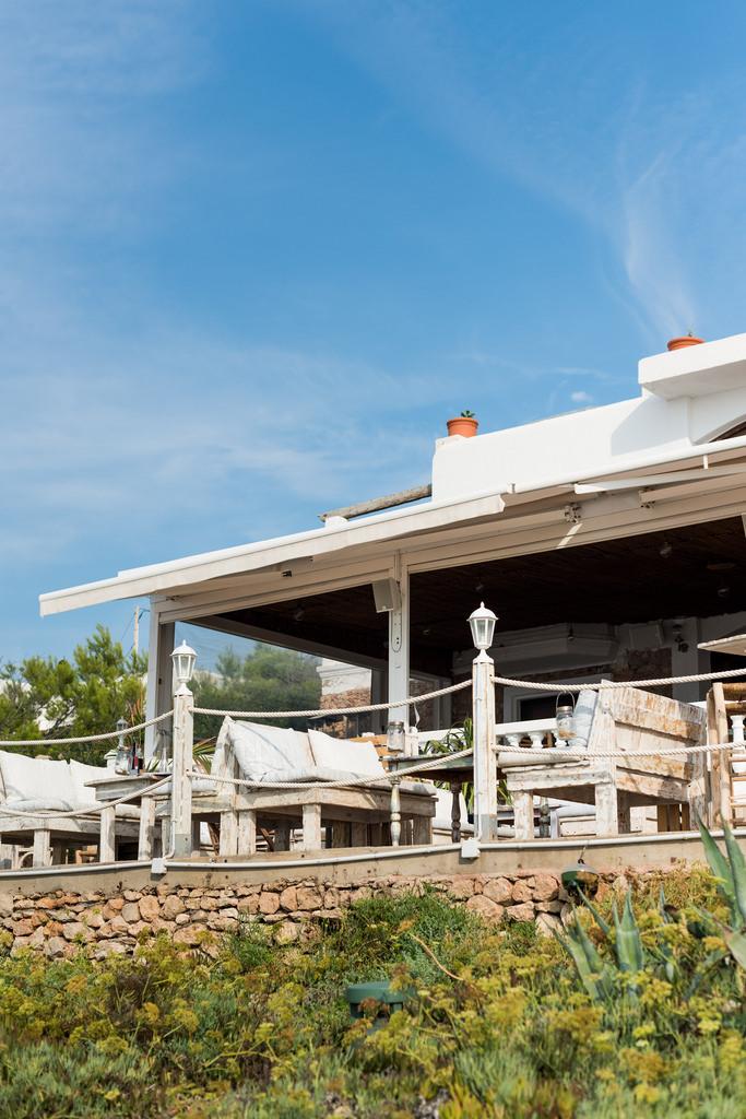 https://www.white-ibiza.com/wp-content/uploads/2020/03/white-ibiza-restaurant-la-torre-2020-06.jpg