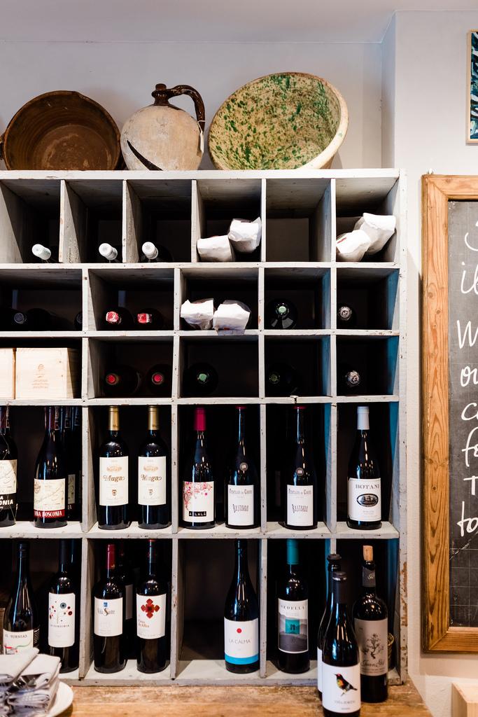 https://www.white-ibiza.com/wp-content/uploads/2020/03/white-ibiza-restaurants-bottega-il-buco-2020-09.jpg