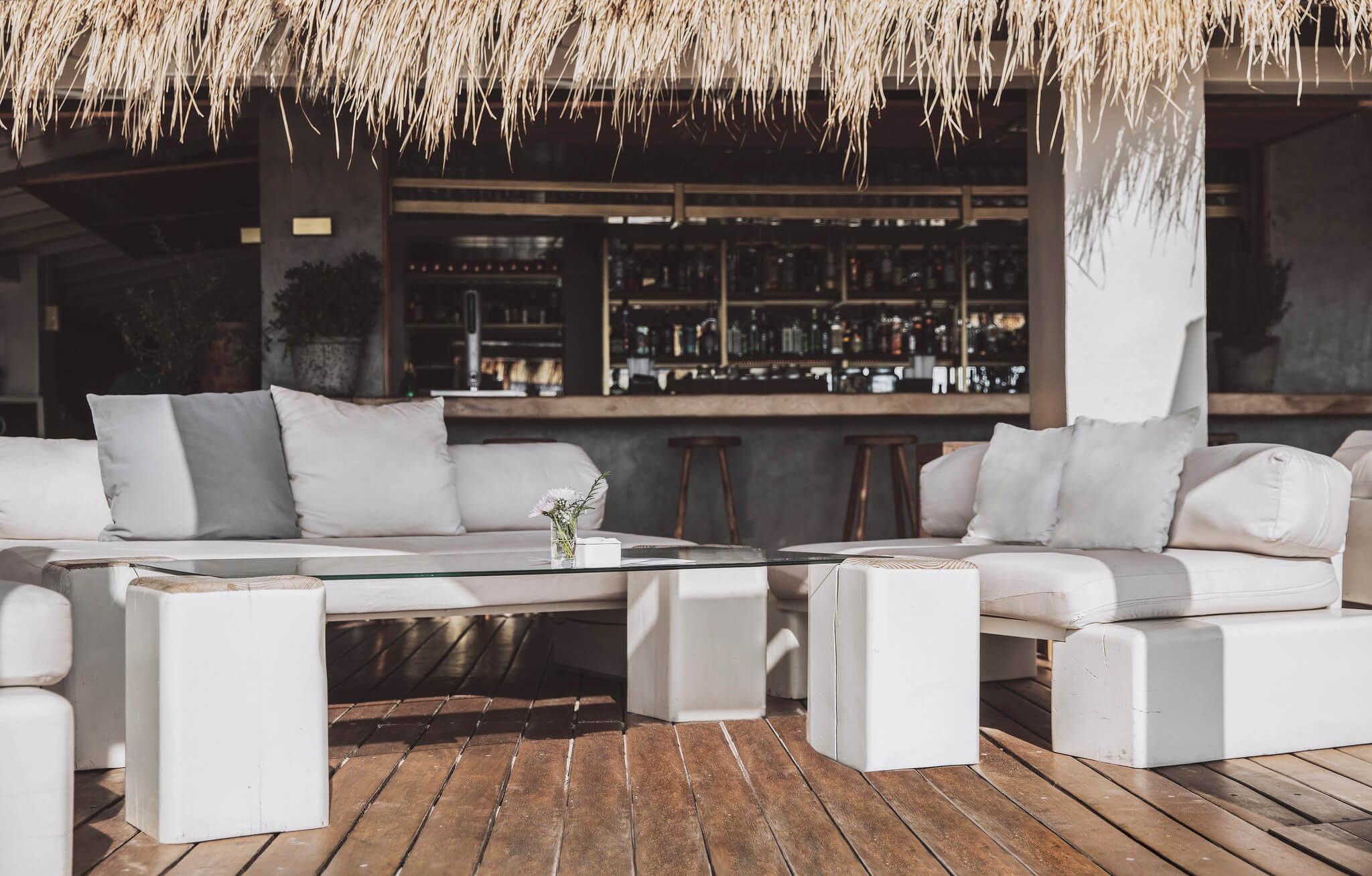 https://www.white-ibiza.com/wp-content/uploads/2020/03/white-ibiza-restaurants-el-chiringuito-2020-08.jpg