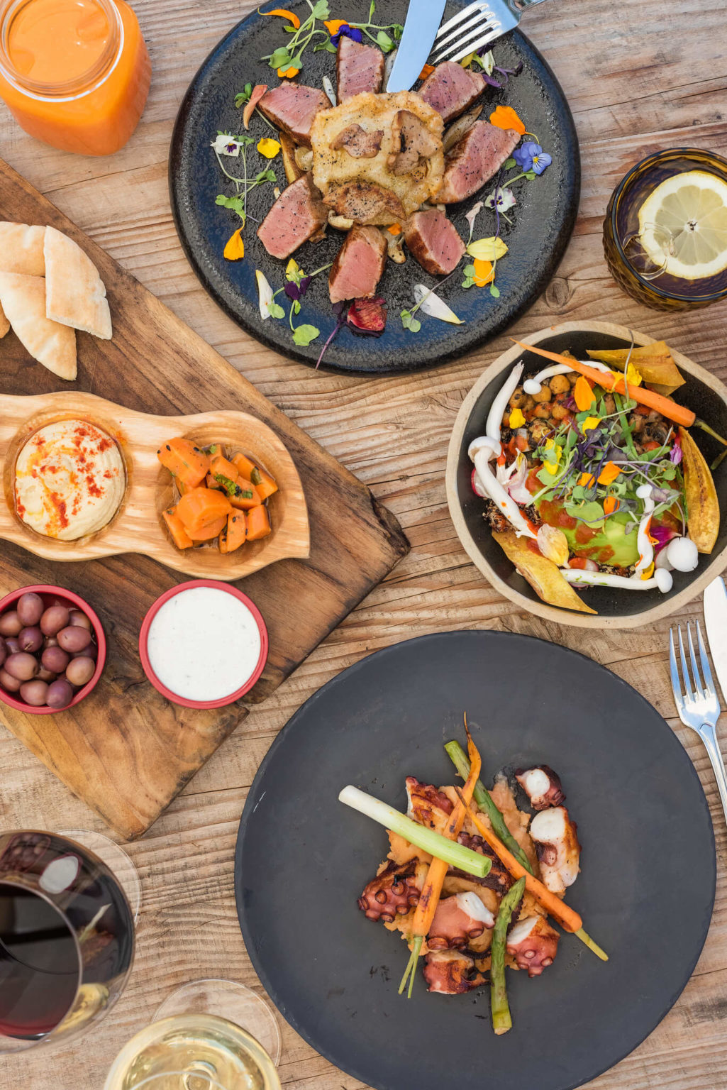 https://www.white-ibiza.com/wp-content/uploads/2020/03/white-ibiza-restaurants-es-cucons-00-1025x1536.jpg