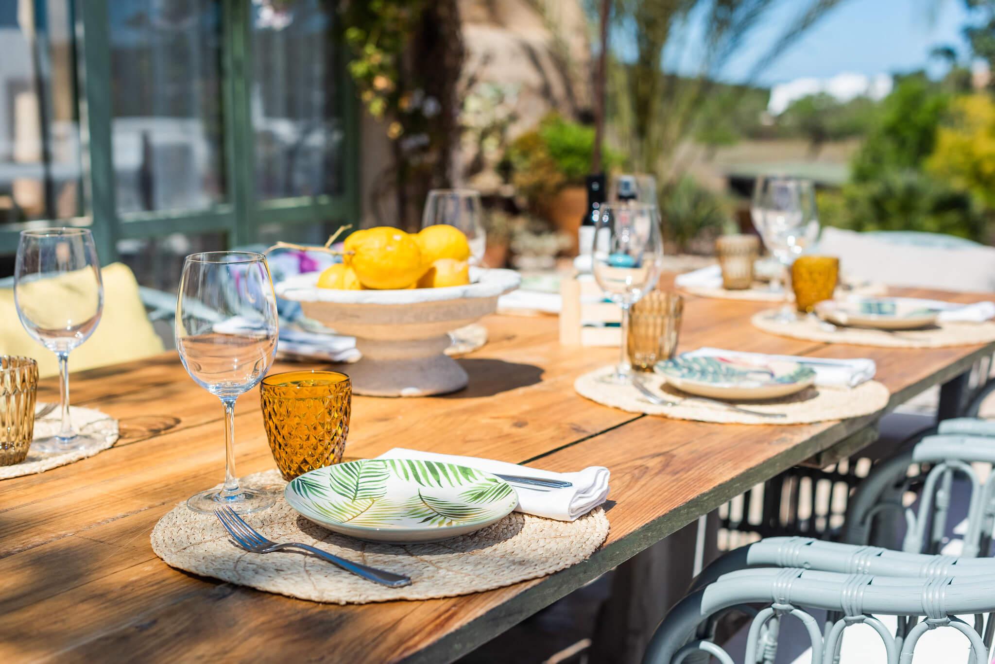 https://www.white-ibiza.com/wp-content/uploads/2020/03/white-ibiza-restaurants-es-cucons-02.jpg