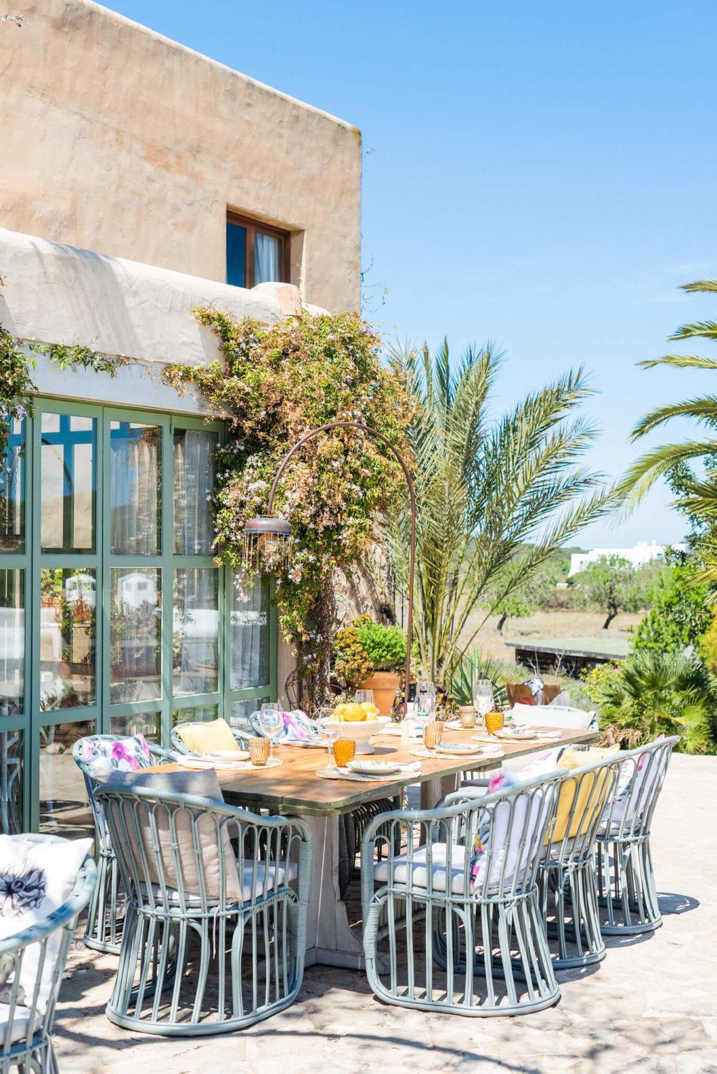 https://www.white-ibiza.com/wp-content/uploads/2020/03/white-ibiza-restaurants-es-cucons-08-1025x1536.jpg