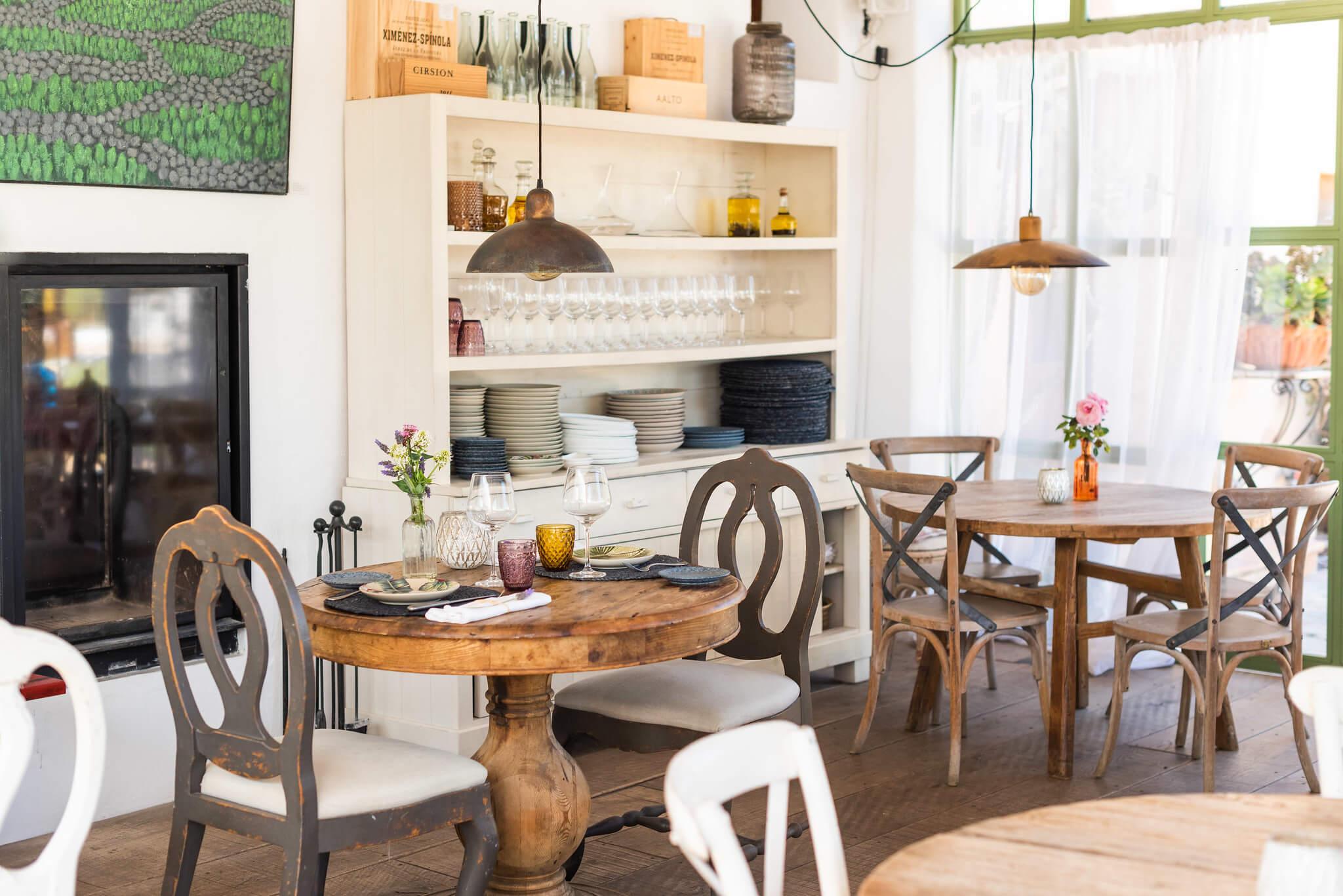 https://www.white-ibiza.com/wp-content/uploads/2020/03/white-ibiza-restaurants-es-cucons-09.jpg
