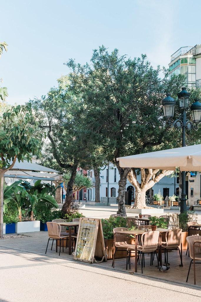 https://www.white-ibiza.com/wp-content/uploads/2020/03/white-ibiza-restaurants-la-cava-ibiza-2019-11.jpg