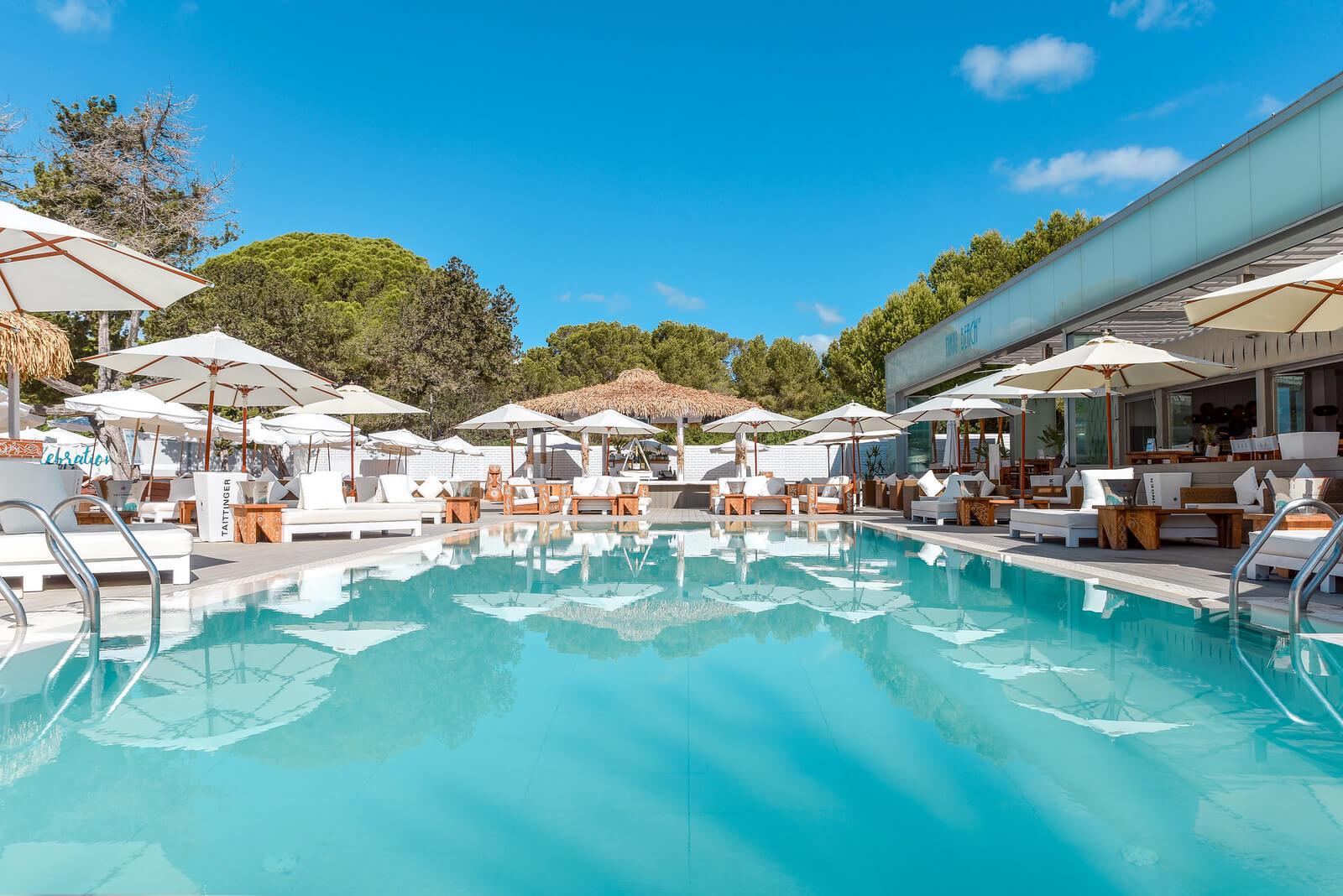 https://www.white-ibiza.com/wp-content/uploads/2020/03/white-ibiza-restaurants-nikki-beach-ibiza-2020-10.jpg