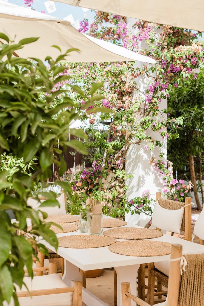 https://www.white-ibiza.com/wp-content/uploads/2020/03/white-ibiza-restaurants-numero-74-latelier-2020-04.jpg