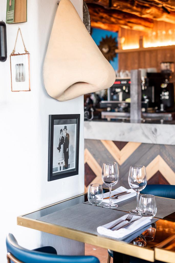 https://www.white-ibiza.com/wp-content/uploads/2020/03/white-ibiza-restaurants-room-39-2020-04.jpg