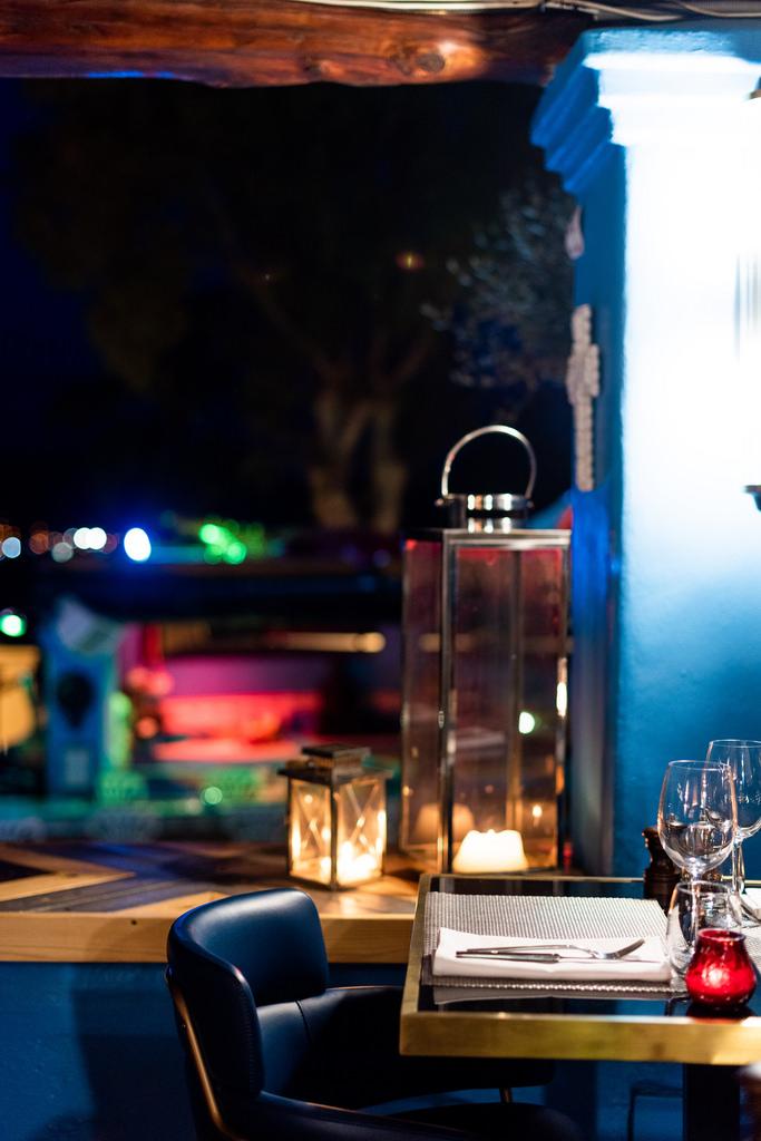 https://www.white-ibiza.com/wp-content/uploads/2020/03/white-ibiza-restaurants-room-39-2020-13.jpg