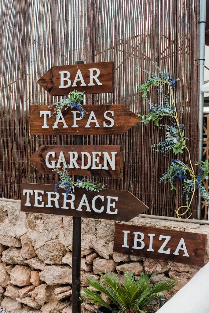 https://www.white-ibiza.com/wp-content/uploads/2020/03/white-ibiza-restaurants-tapas-ibiza-2020-02.jpg