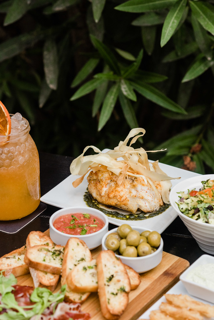 https://www.white-ibiza.com/wp-content/uploads/2020/03/white-ibiza-restaurants-tapas-ibiza-2020-03.jpg
