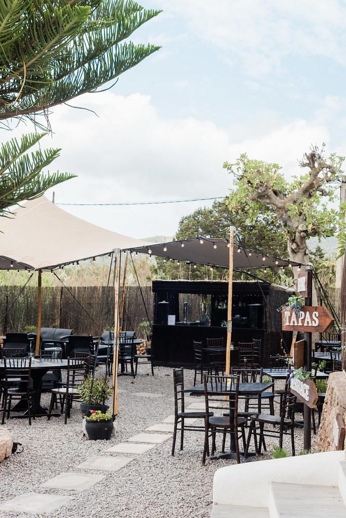 https://www.white-ibiza.com/wp-content/uploads/2020/03/white-ibiza-restaurants-tapas-ibiza-2020-05.jpg