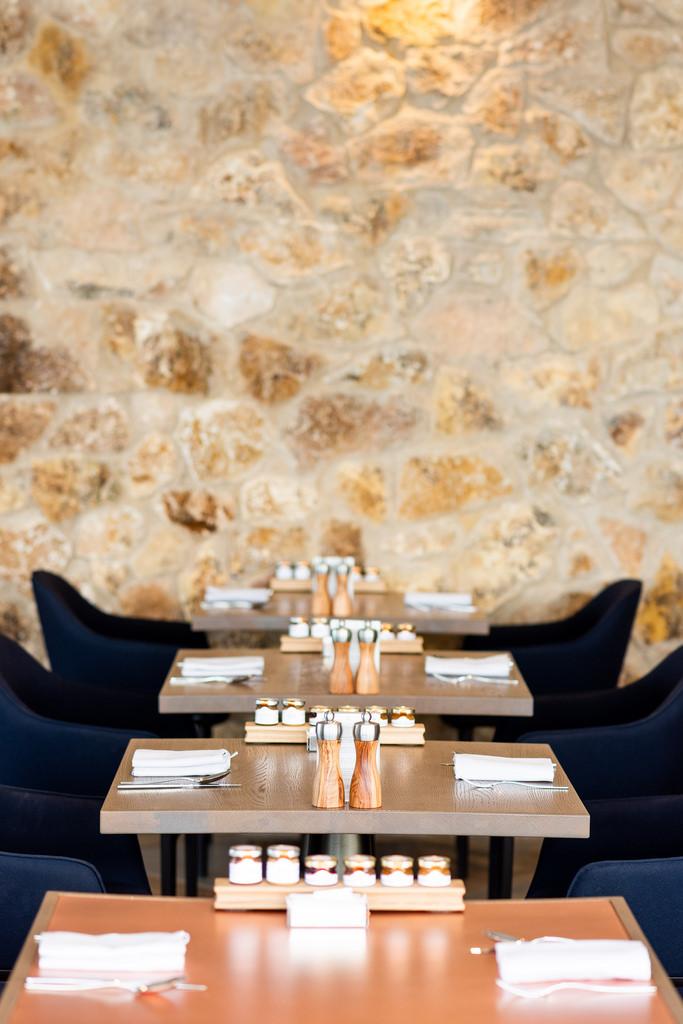 https://www.white-ibiza.com/wp-content/uploads/2020/03/white-ibiza-restaurants-the-view-2020-05.jpg