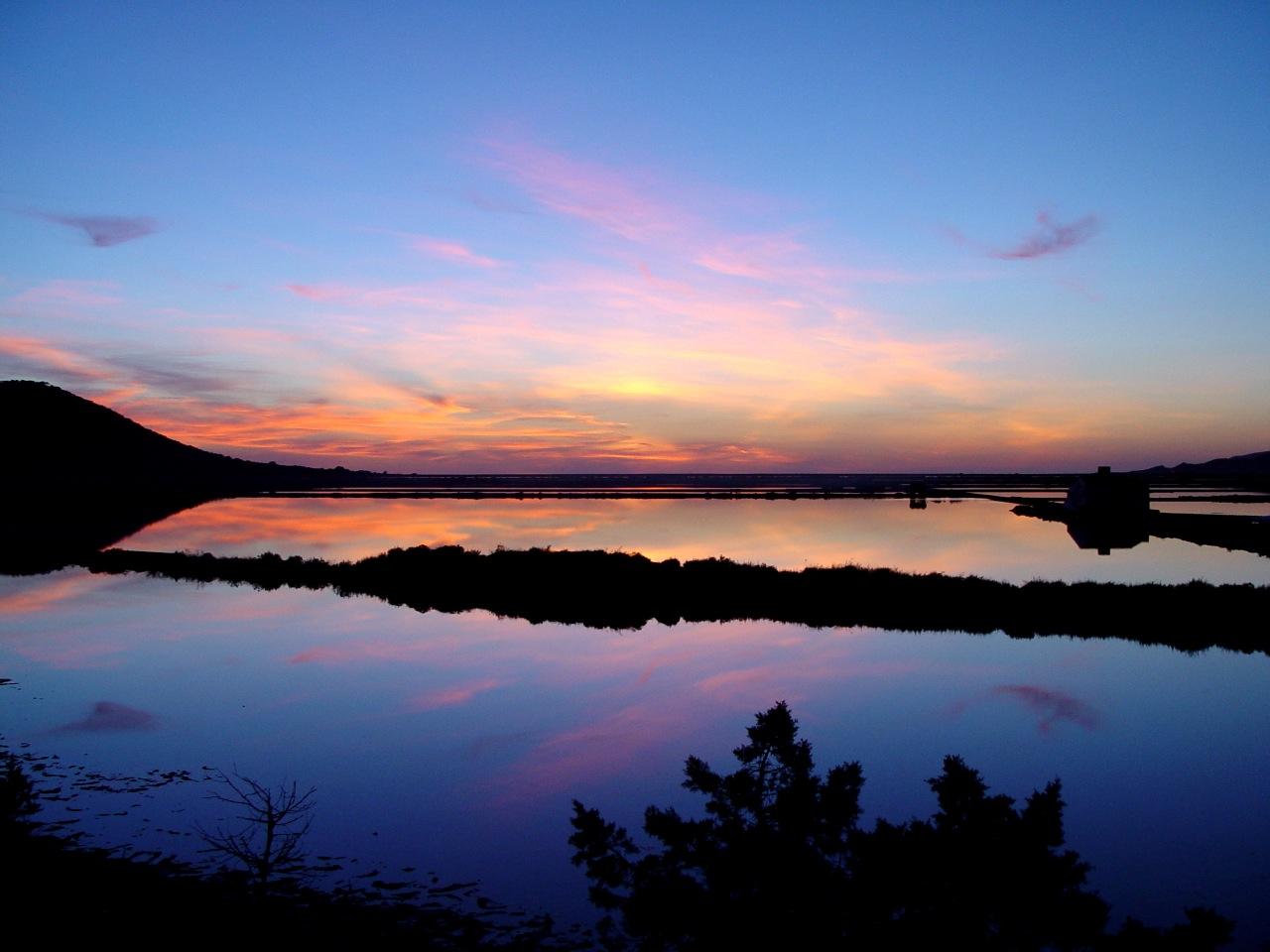 https://www.white-ibiza.com/wp-content/uploads/2020/03/white-ibiza-sunsets-coricancha-2020-02.jpg