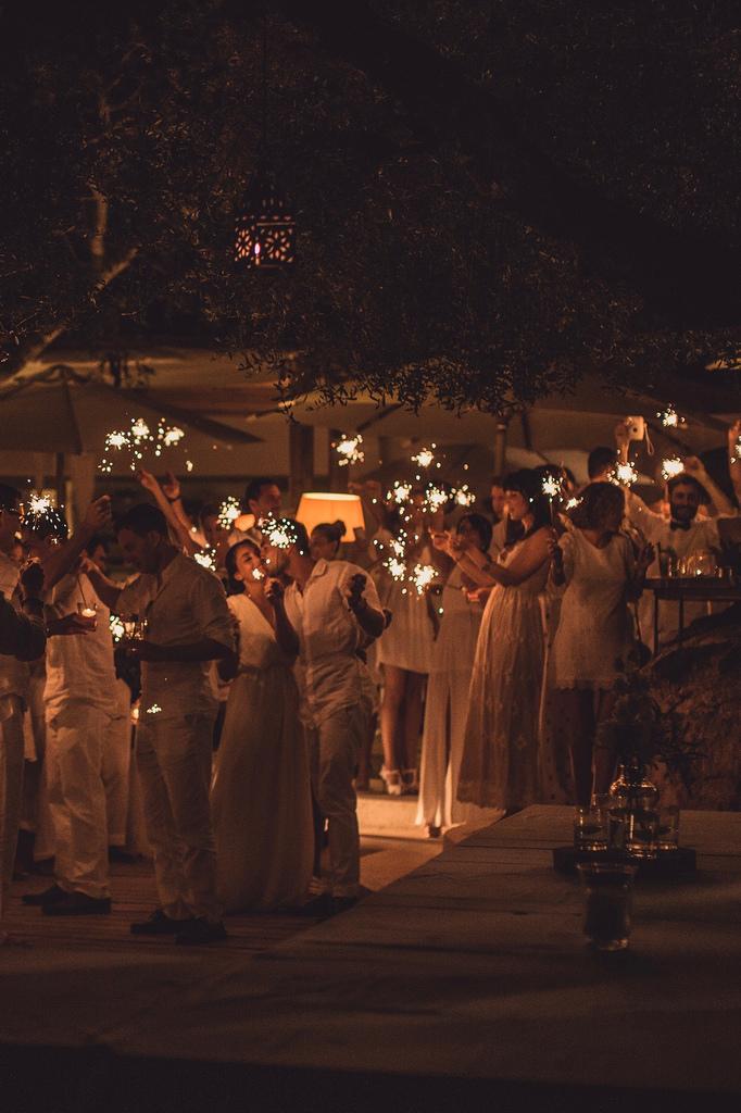 https://www.white-ibiza.com/wp-content/uploads/2020/03/white-ibiza-wedding-can-domingo-2020-09.jpeg