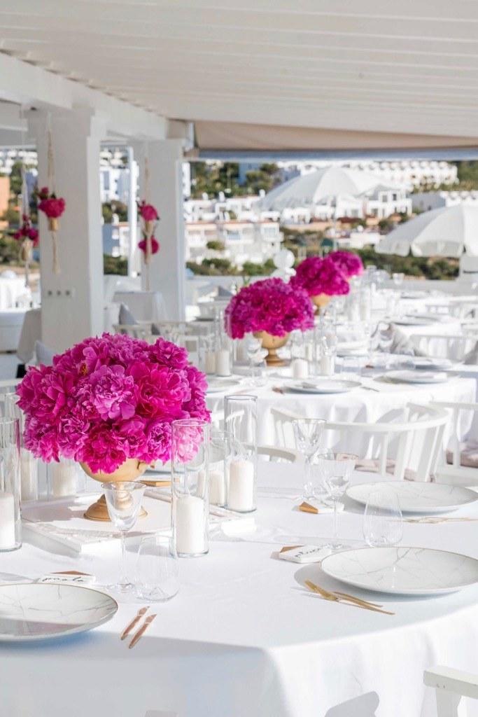 https://www.white-ibiza.com/wp-content/uploads/2020/03/white-ibiza-wedding-cotton-beach-club-2020-03.jpg