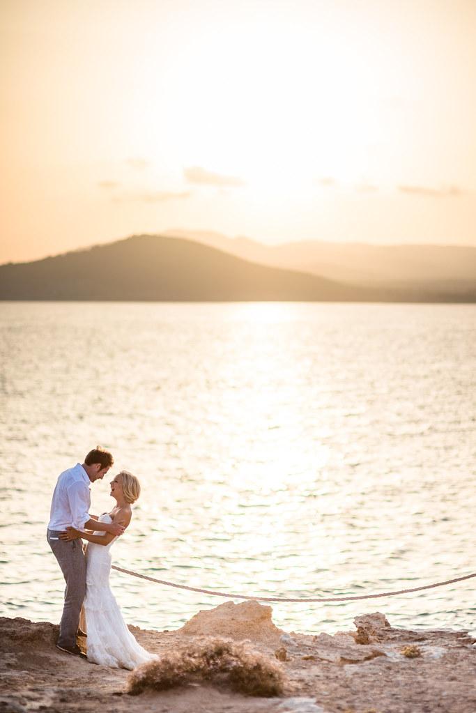https://www.white-ibiza.com/wp-content/uploads/2020/03/white-ibiza-wedding-experimental-beach-club-2020-12.jpg
